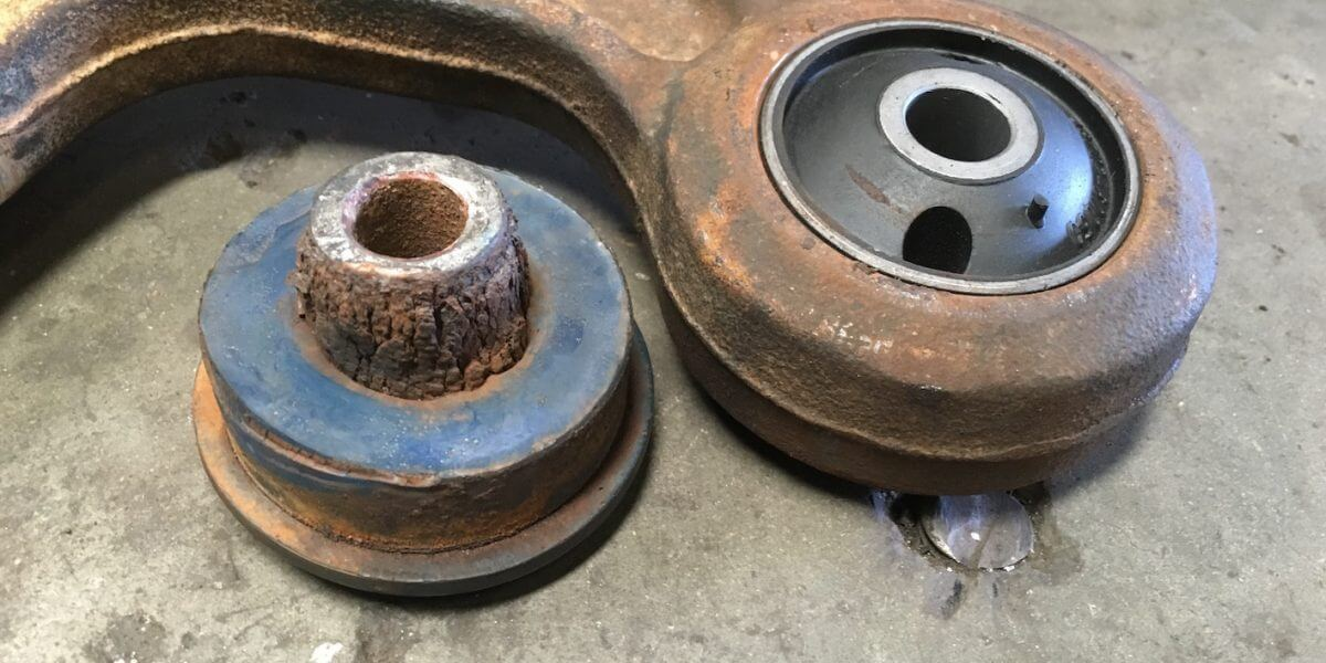 Radius rod bushes old and new