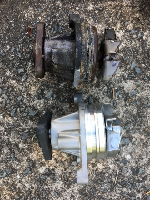 SP23 Mazda 3 water pump. Failed and new